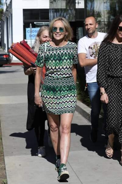 Sharon Stone a misé sur une tenue décontractée et casual ce jeudi 18 juillet