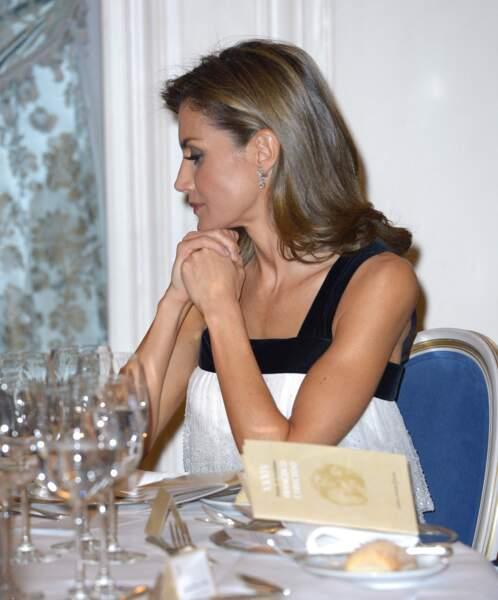 La reine Letizia assiste au dîner qui a suivi la remise des  récompenses du Prix international de la presse