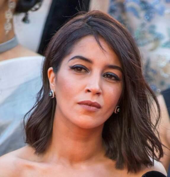 Très légère pointe de reflets cuivrés pour Leila Bekhti