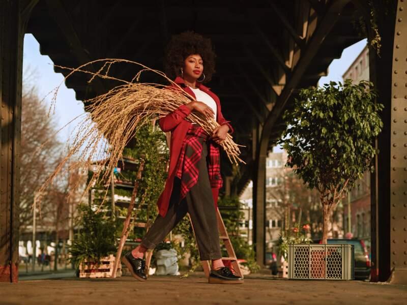 """Inna Modja représente la campagne """"Nature Needs Heroes"""" de Timberland, maison engagée dans la reforestation."""