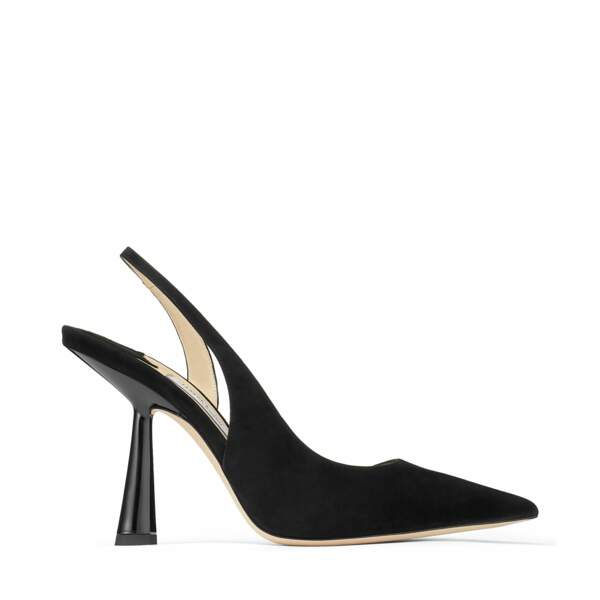 Escarpin asymétrique, 650 €, Jimmy choo.