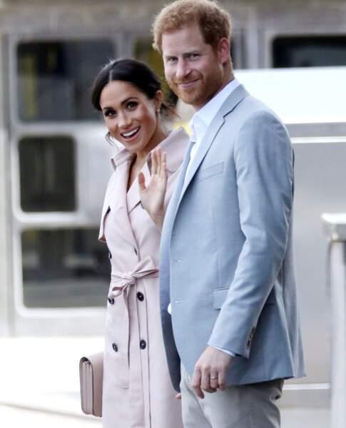 Meghan Markle adore les robes-chemise comme ce modèle House of Nonie en prévente désormais