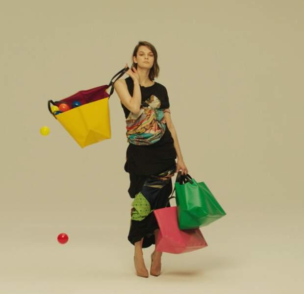 Avec Cahu, pour un sac cabas coloré acheté, un enfant part en vacances avec le Secours Populaire !
