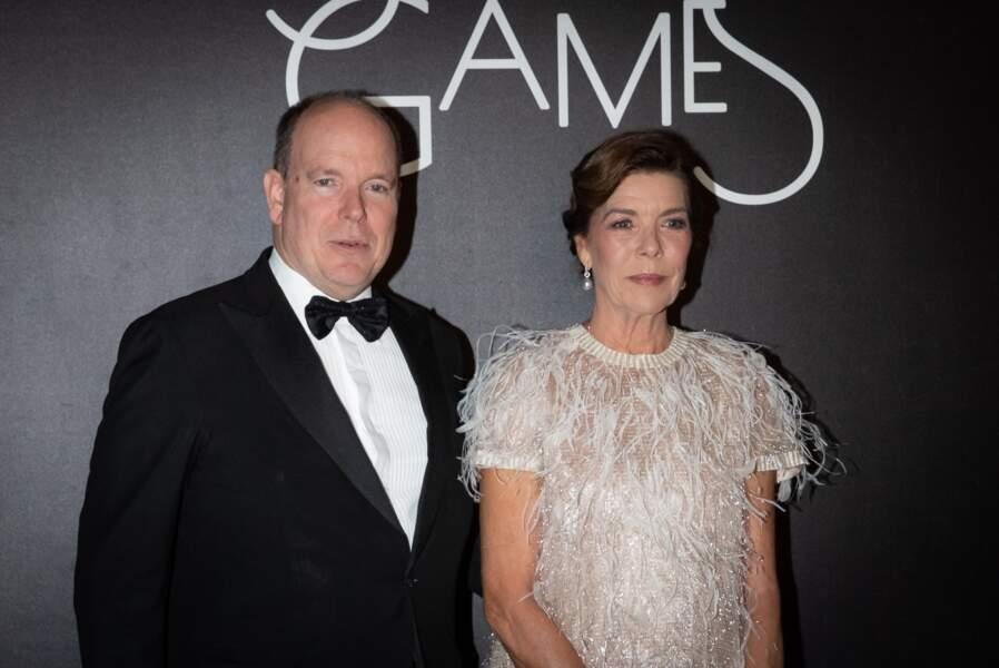 Le prince Albert II de Monaco et la princesse Caroline de Hanovre, très élégants tous les deux