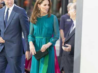 PHOTOS - Kate Middleton chic en robe longue et boucles d'oreilles petit prix au centre culturel Aga Khan à Londres