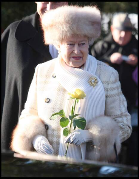 Quand la reine a porté de la fourrure, pour les fêtes de Noël en 2010