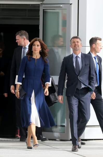 La princesse Mary de Danemark, 47 ans, est aussi dingue de mode que Kate Middleton et Meghan Markle