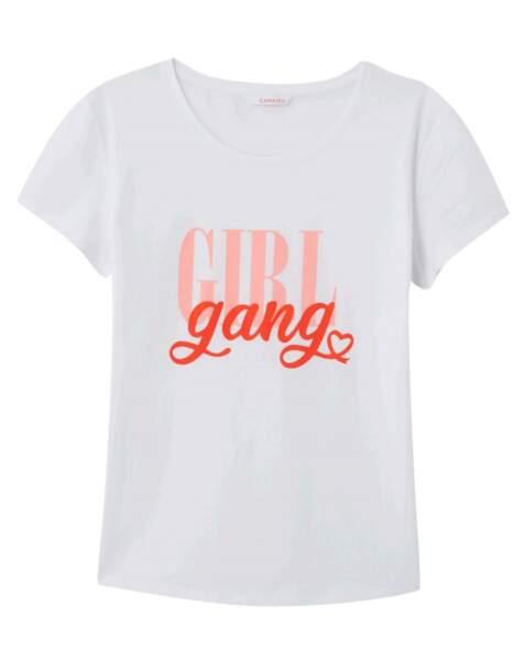 Camaïeu s'engage contre le cancer du sein avec ce t-shirt, au prix de 9,99 €.