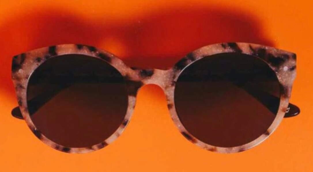 Friendly Frenchy imagine la collection Solarmor, des lunettes aux montures constituées de coquillages recyclés !