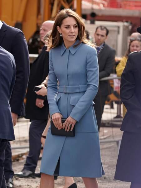 À Birkenhead, Kate Middleton affichait un look chic et élégant, comme à son habitude
