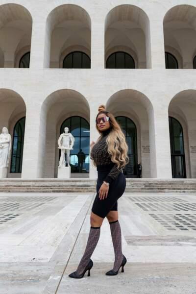 """Nicki Minaj collabore avec la maison italienne Fendi pour une collection d'accessoires audacieux """"Prints On""""."""
