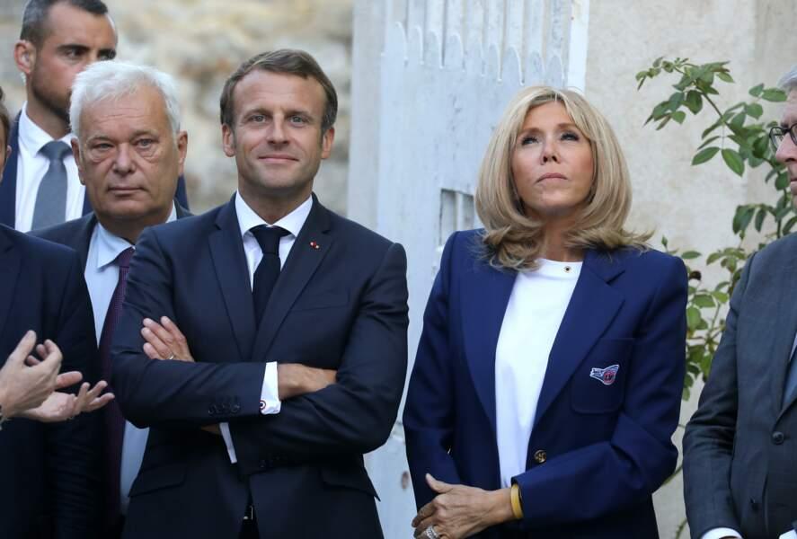 Ambiance très détendue pour Emmanuel et Brigitte Macron au château de By, ce vendredi 20 septembre
