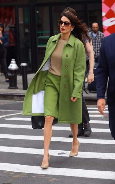 Mariée et mère de deux enfants, Amal Clooney reste une icône de mode