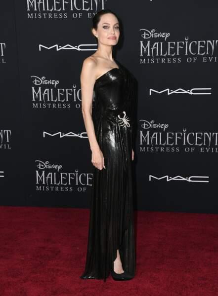 Angelina Jolie plus sublime que jamais