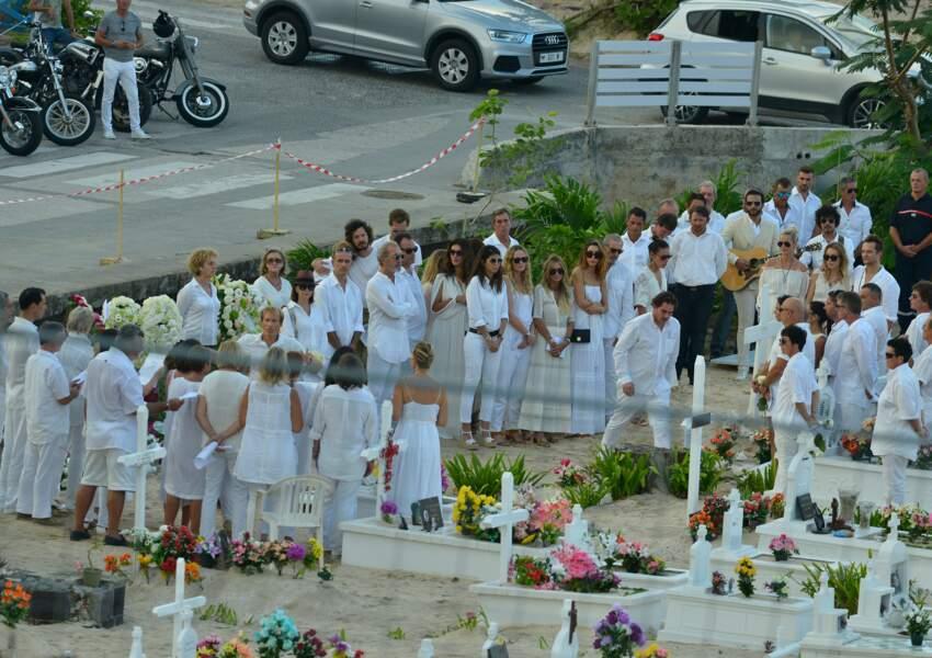 Obsèques de Johnny Hallyday à Saint Barth : les invités en blanc