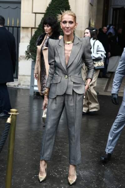Céline Dion dans une veste Ronald Vanderkemp