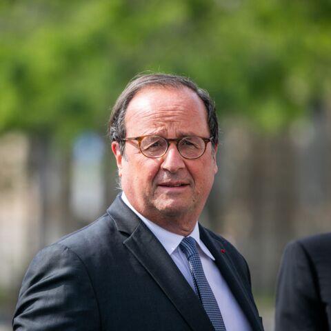 """""""Adorable"""": François Hollande discret mais charmeur au côté de Julie Gayet"""