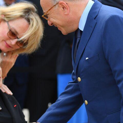 Jacques Chirac entouré de Bernadette et Claude pour le meilleur et pour le pire