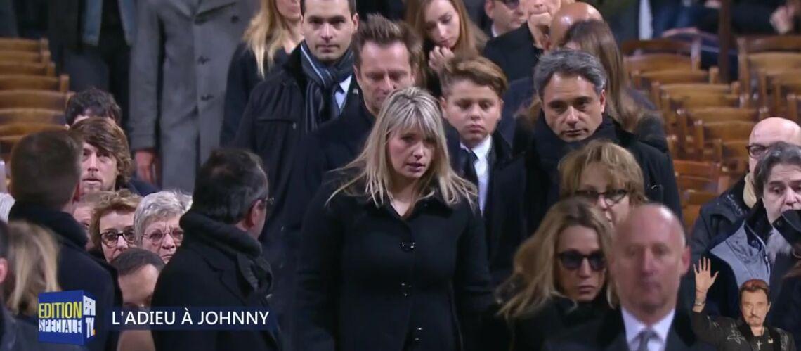 PHOTOS – Obsèques de Johnny Hallyday: David Hallyday, réuni avec Estelle Lefébure, leurs filles, et son fils Cameron: ils ne sont pas avec Laeticia Hallyday dans le cortège officiel