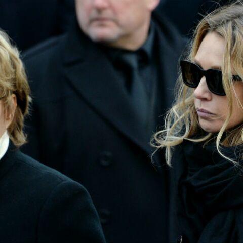 Nathalie Baye absente des obsèques de Johnny Hallyday: l'actrice n'a pu sécher les larmes de Laura