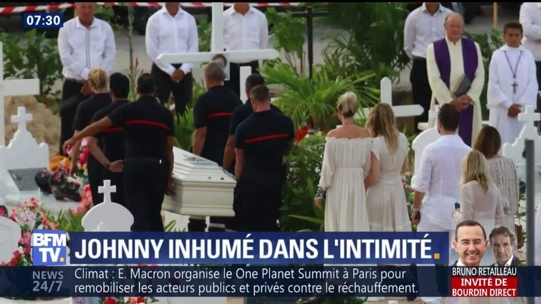 L'émotion de Laeticia Hallyday aux obsèques de Johnny