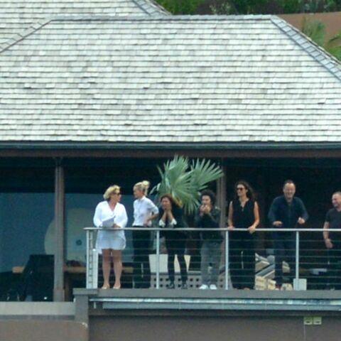 Obsèques de Johnny Hallyday: qu'ont fait Laeticia et leurs proches après la cérémonie