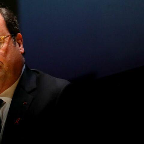 François Hollande évoque les coups d'épée dans le dos reçus pendant son mandat