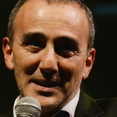 """Tex viré des Z'amours, Elie Semoun prend sa défense et critique les internautes """"nuls en orthographe"""""""