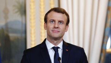 Quand Emmanuel Macron souffle les bougies de ses 40 ans à l'Elysée: pour son gâteau, le pâtissier a fait les choses en grand