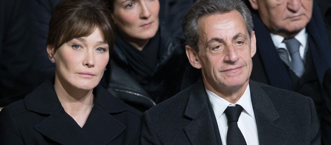 Hommage à Johnny Hallyday – Pourquoi on a frôlé l'incident diplomatique entre Carla Bruni Sarkozy et François Hollande