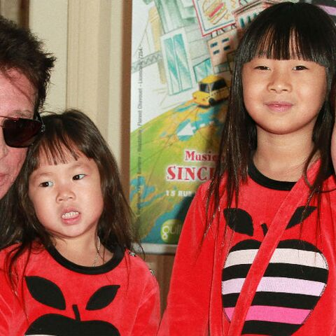 Johnny Hallyday à l'école de ses filles, il était très impliqué et soucieux de leurs résultats