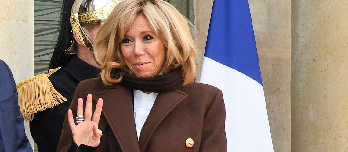 Découvrez le secret de Brigitte Macron pour avoir de si belles jambes