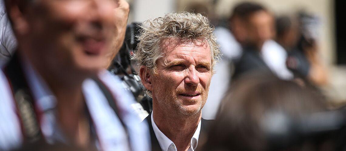 PHOTOS – Vivement critiqué pour avoir mangé des cerises du Chili, Denis Brogniart s'agace et répond aux internautes