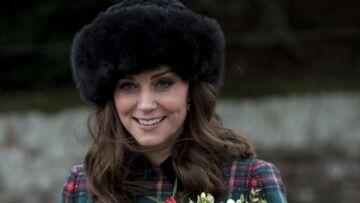 PHOTOS – Kate Middleton, rayonnante dans un manteau Miu Miu à 2.500 euros pour son premier Noël avec Meghan Markle