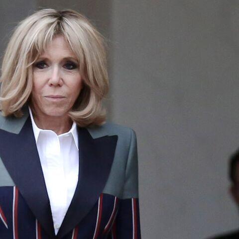 PHOTOS – Brigitte Macron tout sourire et chic à l'Elysée pour un rendez vous diplomatique