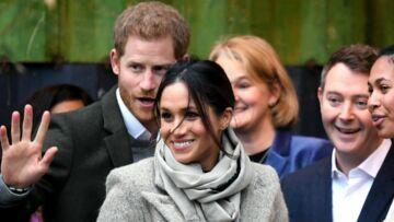 PHOTOS – Meghan Markle surprend avec un chignon flou pour une visite officielle