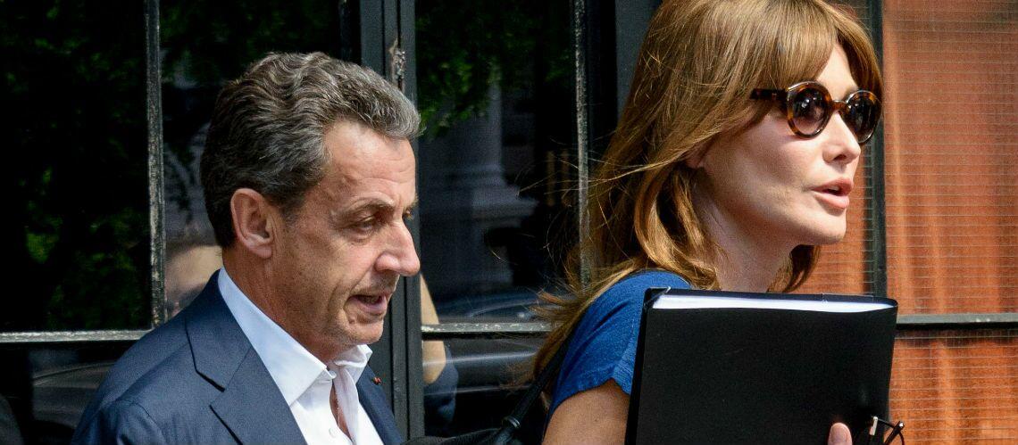 PHOTO – Nicolas Sarkozy fan de sa femme Carla Bruni: tout sourire pour une photo avec Pedro Almodovar
