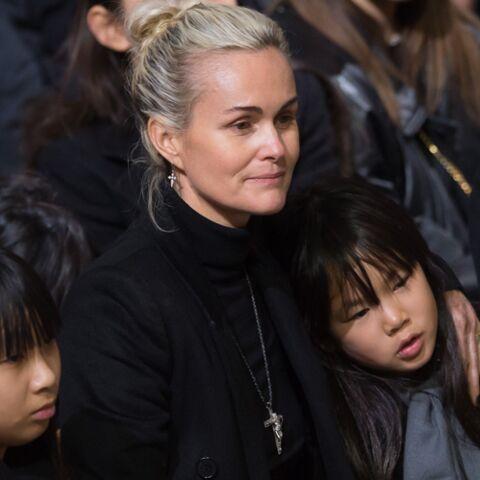 Laeticia Hallyday: Malgré les crises d'angoisse, elle assure pour Jade et Joy