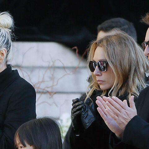 L'union sacrée de Laeticia Hallyday avec David et Laura lors des funérailles: une simple trêve?