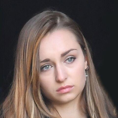 PHOTO – Emma Smet: en plein scandale autour du testament de son grand-père Johnny, son message mystérieux visant les adultes
