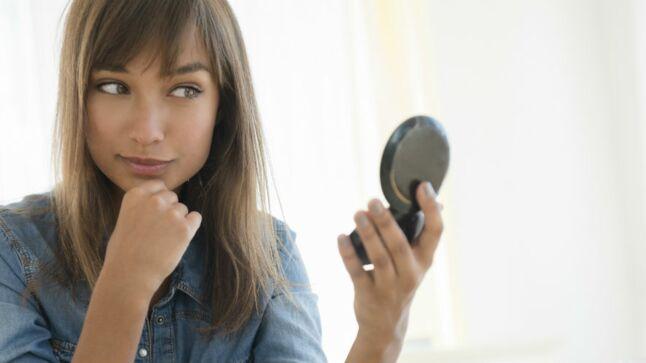 maquillage comment utiliser un highlighter pour illuminer son teint gala. Black Bedroom Furniture Sets. Home Design Ideas