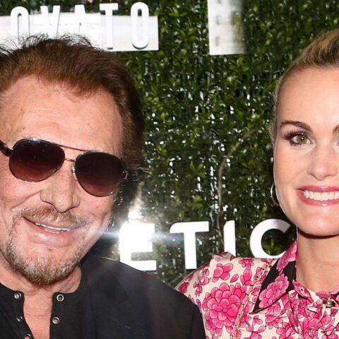 """""""Laeticia Hallyday a fait le sale boulot, avec l'aval de Johnny"""", le biographe du rockeur défend sa veuve"""