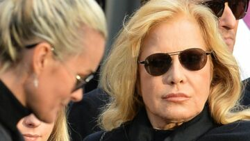 VIDEO – Sylvie Vartan ironise sur Mamie Rock, l'influente grand-mère de Laeticia Hallyday
