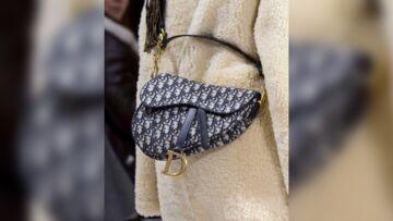 """VIDEO – Le fameux sac """"Selle"""" de Dior est de retour"""