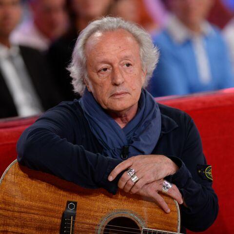 """Didier Barbelivien, proche de Johnny, ne """"comprend pas"""" comment il a pu déshériter ses enfants"""