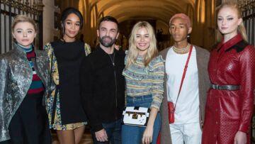 VIDEO- – Catherine Deneuve, Xavier Dolan, Léa Seydoux: ils étaient tous au Musée du Louvre pour le défilé Louis Vuitton