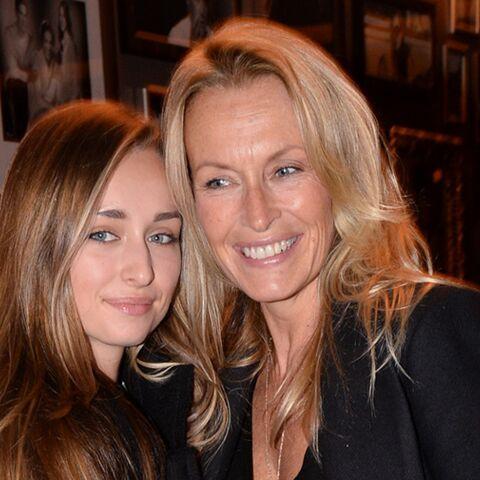 PHOTO – Loin de la crise de l'héritage, la fille de David Hallyday, Emma Smet se repose à la campagne
