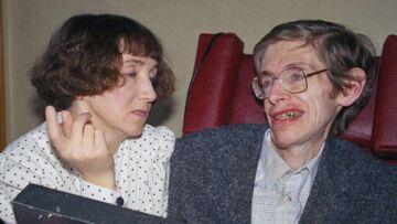 Stephen Hawking est décédé: qui furent les femmes de sa vie?