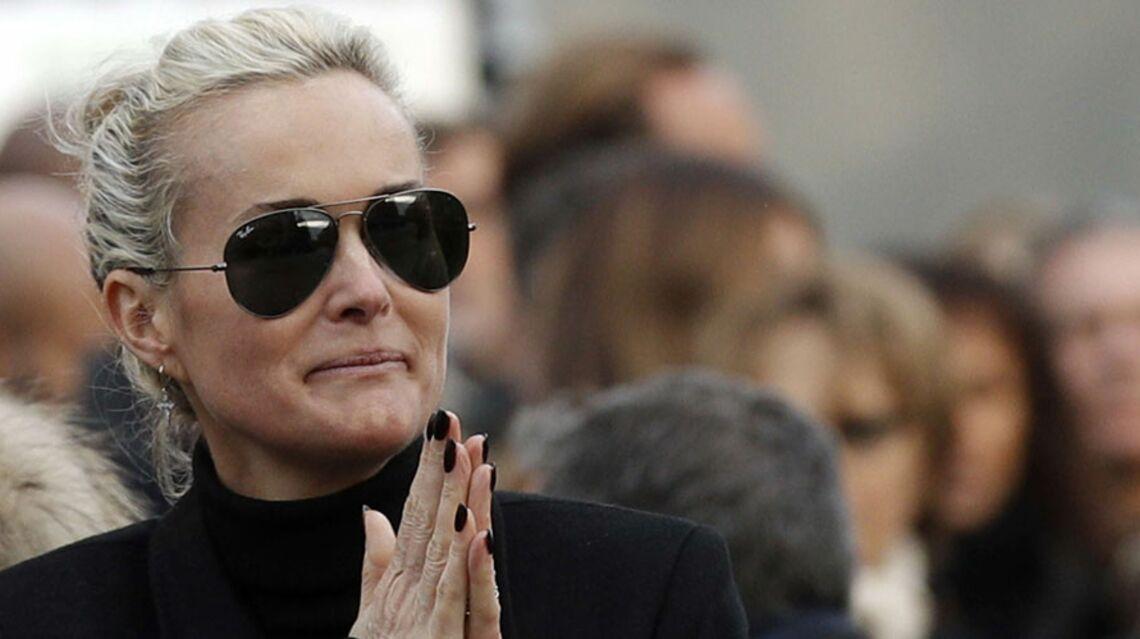 """En colère contre """"la blonde"""", des fans veulent boycotter l'album posthume de Johnny Hallyday"""