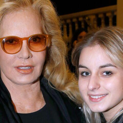 «Tu as été formidable mamou», Darina la fille adoptive de Sylvie Vartan si fière